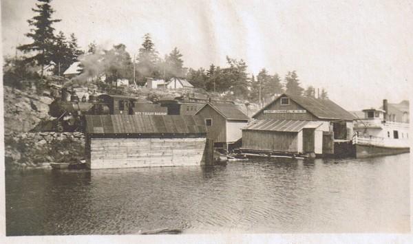 "Lake steamship ""Kawigamog"" at the dock"
